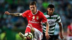 Resumen y goles del Sporting - Benfica (1-1), jornada 30 Liga Portugal http://www.sport.es/es/noticias/resto-del-mundo/benfica-salva-punto-derbi-ante-sporting-5990599?utm_source=rss-noticias&utm_medium=feed&utm_campaign=resto-del-mundo