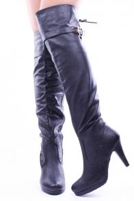 BLACK CRINKLE FAUX LEATHER OVER THE KNEE BOOTS #blackboots #overthekneeboots #heelboots #leatherboots #sexyboots