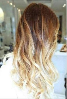 Ombre beach waves.