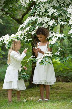 Little White Cottage Rosa Pink, White Springs, Moon Garden, White Cottage, Welcome Spring, White Gardens, Spring Has Sprung, Spring Green, Spring Colors