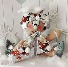 XL Lebkuchensitztgrau weiß WeihnachtenKeks Advent Landhaus Tilda-Art Cute Christmas Ideas, Christmas Clay, Christmas Crafts, Christmas Decorations, Christmas Ornaments, Holiday Decor, Advent, Doll Shop, Gingerbread Man