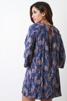 Long Sleeve Floral Keyhole Back Dress