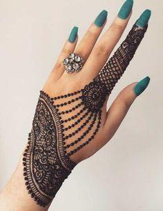 Henna Hand Designs, All Mehndi Design, Mehndi Designs Finger, Simple Arabic Mehndi Designs, Stylish Mehndi Designs, Mehndi Design Pictures, Mehndi Designs For Girls, Mehndi Designs For Beginners, Wedding Mehndi Designs