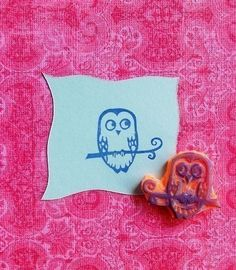 owl hand carved rubber stamp. via Etsy.