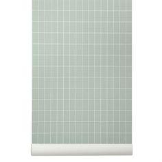 Yksinkertainen, mutta tyylikäs Grid-tapetti vihreän sävyisenä on valmistettu WallSmart-tapetista, joka on uudempi versio non-woven-tapetista. Tämän uuden valmistustavan ansiosta tapetti on helpompi asettaa seinälle. Tämä Ferm Livingin trendikäs tapetti on helppo yhdistää moniin eri tyyleihin. Luo moderni kokonaisuus huoneeseen ja käytä tämän tapetin rinnalla muita Ferm Livingin suosittuja ja trendikkäitä yksityiskohtia.