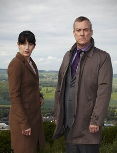 DCI Banks, Detective Chief Inspector Alan Banks (Stephen Tompkinson) and DI Helen Morton (Caroline Catz).