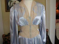 Vintage 1940s Silk Dressing by BobbySoxBoutique on Etsy, $68.00