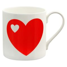 Herzen Becher / Heart mugs. This hearty mug makes the perfect gift for everyone! Made of high quality bone china.