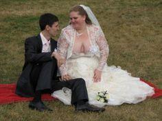 26 Tragically Awkward Wedding Photos - Page 24 of 26 - flipopular