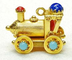 Vintage 18K Yellow Gold Turquoise Color Stone Locomotive Train Charm Italy