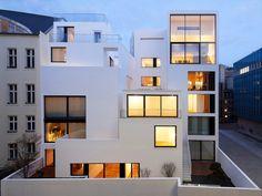 best architects architektur award // Atelier Zafari / Atelier Zafari / Wohnhäuser an der alten Stadtmauer Berlin / Wohnungsbau/Mehrfamilienhäuser