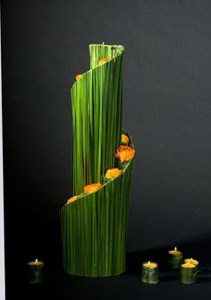 green reception wedding flowers, wedding decor, wedding flower centerpiece, wedding flower arrangement, add pic source on commen. Contemporary Flower Arrangements, Creative Flower Arrangements, Unique Flower Arrangements, Ikebana Flower Arrangement, Ikebana Arrangements, Flower Centerpieces, Flower Decorations, Centerpiece Wedding, Decor Wedding