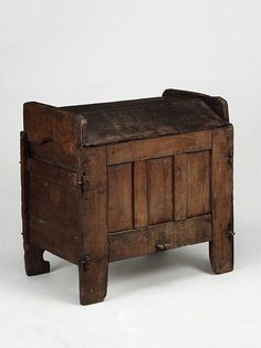 Arks (or hutches as they tended to be known in southern England) were used to store grain, meal or bread at home, from the medieval period onwards. The concave top was normally removeable and could be turned over to form a kneading trough for the making of bread. What a cunning idea!