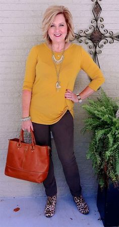 fashion over 40 over 50 boots Fashion Over 40, Over 50 Womens Fashion, Plus Size Fashion For Women, 50 Fashion, Fashion Tips For Women, Fashion Outfits, Fashion Trends, Ladies Fashion, High Fashion