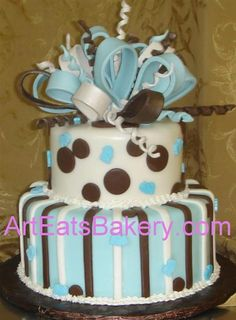 Risultato della ricerca immagini di Google per http://www.arteatsbakery.com/images/Two%2520tier%2520custom%2520blue,%2520brown%2520and%2520white%2520polka%2520dots%2520and%2520stripes%2520baby%2520boy%2520shower%2520cake%2520with%2520sugar%2520bow.jpg