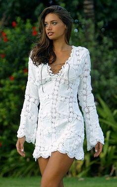 Chorrilho de ideias: Vestido branco de linho e algodão em crochet