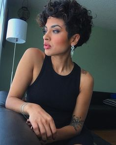 2019 Kurze Bob Frisuren für Frauen It will definitely give a cute and trendy look. Here is the gallery of 2013 short bob hairstyles for women. Curly Pixie Haircuts, Short Curly Pixie, Undercut Hairstyles Women, Hairstyles With Bangs, Latest Hairstyles, Curly Hair Styles, Curly Hair Cuts, Short Hair Cuts, Natural Hair Styles