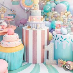 home party ideas Candy Theme Birthday Party, Sleepover Birthday Parties, Baby 1st Birthday, Candy Party, Birthday Party Decorations, Birthday Cake, Rainbow Unicorn Party, Shower Baby, Ideas