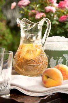 seasonsofwinterberry:  From imgfave.com Fresh Peach Sangria