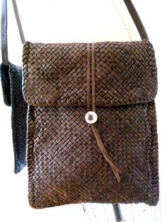Hand Woven Cross Body Messenger Bag Chocolate by IMPERIO jp