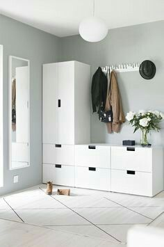 Light-filled entryway with Ikea & # Stuva & # s; storage system Entryway for drop . - Home Decor -DIY - IKEA- Before After Entrada Ikea, Nordli Ikea, Interior Inspiration, Room Inspiration, Home Organization, Bedroom Decor, Ikea Bedroom Storage, Hallway Storage, Tv Storage