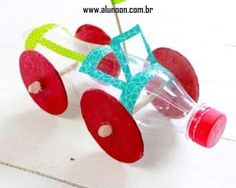 22 Juguetes hechos con Botellas - Parte 3 - Educación Preescolar - Alumno On Recycled Toys, Recycled Crafts, Recycled Materials, Diy And Crafts, Plastic Bottle Crafts, Recycle Plastic Bottles, Diy For Kids, Crafts For Kids, Airplane Crafts