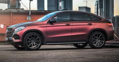 How Do You Feel About This Mercedes GLE's Color Changing Wrap? #Mercedes #Mercedes_GLE_Coupe