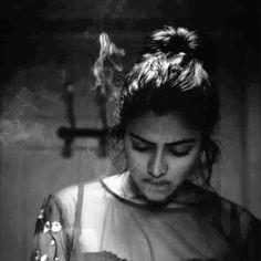 Adho andha Paravai pola-lead-fame_Amala paul sexy hot smoking-Queen in Black and white hottie Amala Paul Hot, Sachin Tendulkar, Smoking, Photoshoot, Actresses, Queen, Mood, Black And White, Sexy