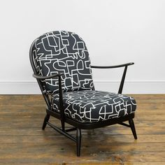 Ercol Windsor Chair – Reloved Upholstery & Design Ercol Furniture, Vintage Chairs, Mid Century Design, Zig Zag, Textile Design, Windsor, Accent Chairs, Restoration, Upholstery