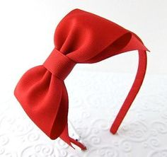 Red Bow Headband Snow White Costume Prop Pretend Play from snowbella on Etsy. Saved to Think Red! Bow Hairband, Ribbon Headbands, White Headband, Headband Hair, Hair Bows, White Birthday Dress, Snow White Birthday, Snow White Costume, White Costumes