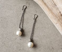 The Woods Fine Jewelry Mesh Pearl Drop Earrings | DIANI Boutique