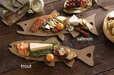 Just found this Wood Fish Cutting Board - Epicurean Cutting Board -- Orvis on… Diy Cutting Board, Wood Cutting Boards, Epicurean Cutting Board, Bois Diy, Wooden Chopping Boards, Wood Fish, Ceramic Fish, Outdoor Food, Personalized Cutting Board