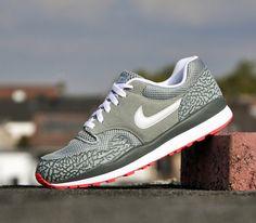 Nike Air Safari-Mica Green-Light Base Grey-Dark Mica Green