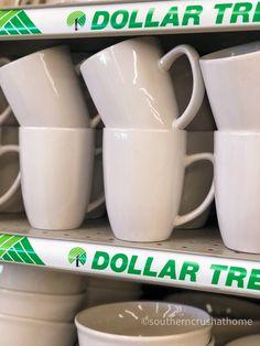 Sharpie Coffee Mugs, Coffee Mug Crafts, Painted Coffee Mugs, Sharpie Crafts, Diy Sharpie Mug, Sharpie Projects, Diy Mug Designs, Sharpie Mug Designs, Design Your Own Mug