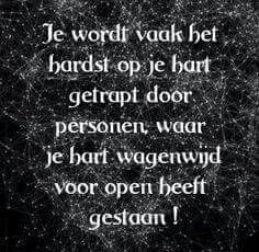 Loe Guess what? She closed the door. Dark Quotes, Strong Quotes, True Quotes, Words Quotes, Sayings, Qoutes About Love, Lessons Learned In Life, Life Lessons, Dutch Quotes