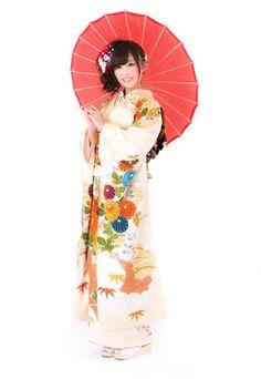 番傘を持った着物の女性フリー写真素材無料ダウンロード-ぱくたそ