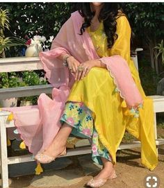 Indian kurta dress With dupatta sharara palazzoTop Tunic Set blouse Combo Ethnic Indian Attire, Indian Ethnic Wear, Indian Outfits, Kurti Designs Party Wear, Kurta Designs, Dress Designs, Pakistani Dress Design, Pakistani Dresses, Indian Dresses