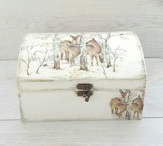 Gift for hunter, Hunting man jewelry box, Hunting gifts, Wooden decoupage memory box deer, Birthday gift for father Father Birthday Gifts, Gifts For Father, Men Birthday, Tissue Box Crafts, Cute Teacher Gifts, Presents For Girlfriend, Deer Decor, Gifts For Hunters, Hunting Gifts