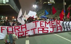 Manifestantes fazem protesto na Avenida Paulista contra Temer e por eleições diretas (Foto: GloboNews/G1)