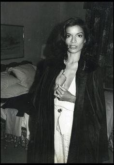Human rights advocate and former actress Bianca Jagger. She met Mick Jagger at a party after a Rolling Stones concert in France in September 1970 and married him a year later Bianca Jagger, Mick Jagger, 70s Fashion, Fashion Beauty, Moves Like Jagger, Nicole Richie, Classic Beauty, Miranda Kerr, Celebrity Pictures