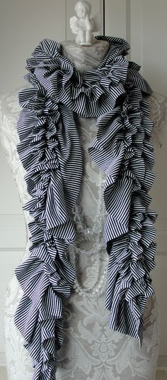 RUFFLE SCARF classic black and White mini stripe fabric.... I can make this!