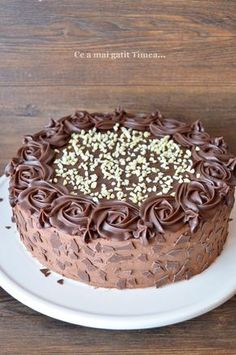 Tort cu alune ciocolata si rom - Retete Timea Yami Yami, 3d Cakes, Looks Yummy, Something Sweet, I Foods, Cookie Recipes, Caramel, Cheesecake, Food And Drink
