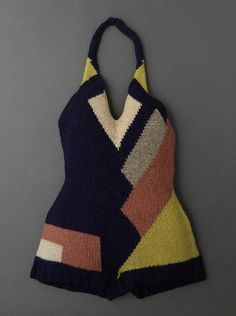 Swimsuit, Sonia Delaunay 1928. This is actually really beautiful, but just imagine… woolen swimsuit!