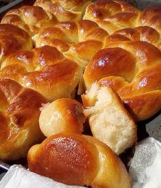 Bread Art, Greek Desserts, Sweet Bread, Pretzel Bites, Sweet Recipes, Food And Drink, Favorite Recipes, Sweets, Apple