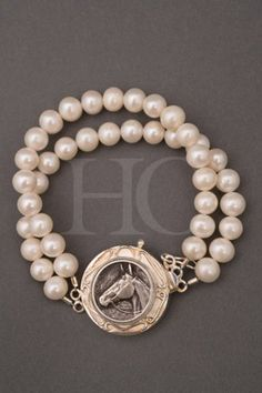 Horse Country Store - Silver Horse Head and Pearl Bracelet