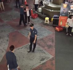 How cops in South Korea handle street fights