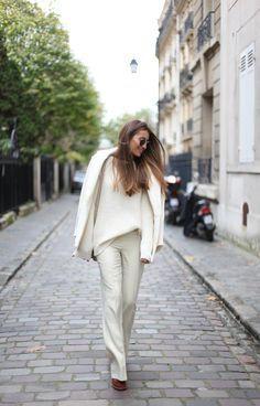 Para inspirar a sexta-feira de vocês, separei alguns looks lindos, simples e chic! Para um look poderoso, você não precisa de peças que estão na moda...