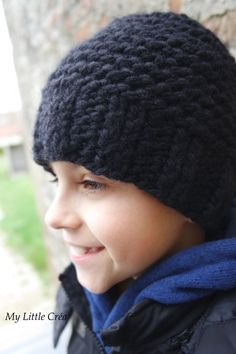 Le bonnet minutes de Julypouce - Knitting And Crocheting Bonnet Crochet, Crochet Wool, Sewing Patterns Free, Free Sewing, Crochet Patterns, Knitted Hats, Crochet Hats, Beautiful Crochet, Headbands