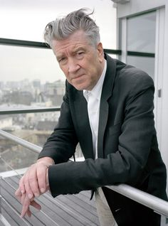 Raymond Depardon  Paris. US filmaker David LYNCH at Cartier Foundation. 2007.