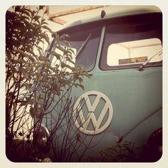 teal VW... lovely